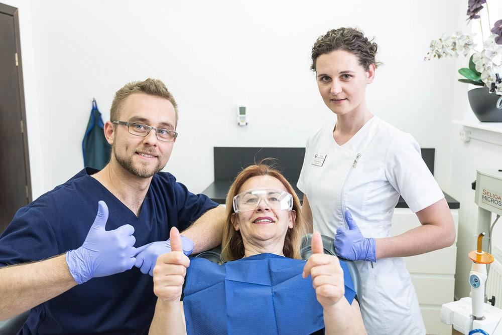 gabinet Twój Dentysta Grójec lekarz, pielęgniarka, pacjent